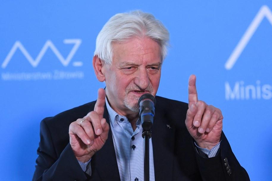 Prof. Andrzej Horban / Radek Pietruszka   /PAP