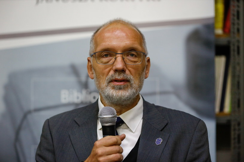 Prof. Andrzej Nowak z dumą kibicuje Wiśle Kraków /Michał Woźniak /East News