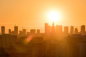 Prof. Ernest Kuchar: Wirus ulega dezaktywacji po około czterech minutach ekspozycji na słońcu