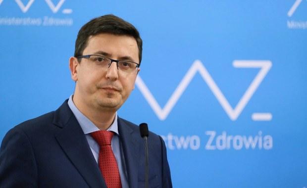 Prof. Grzegorz Juszczyk: Tak wysoki wzrost zakażeń, to sygnał ostrzegawczy