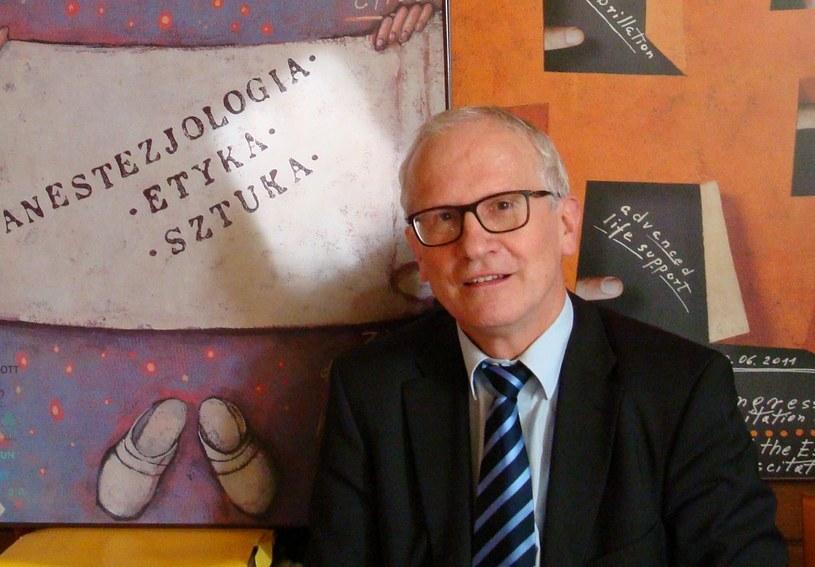 Prof. Janusz Andres - Kierownik Katedry Anestezjologii i Intensywnej Terapii UJ CM /