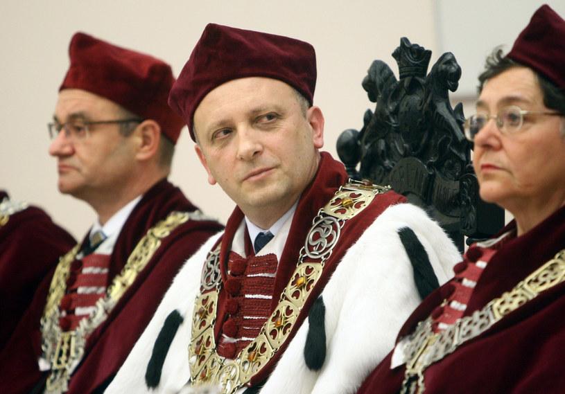 Prof. Janusz Moryś (w środku) przez dwie kadencje był rektorem uczelni /Łukasz Ostalski /East News