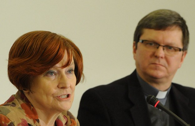 Prof. Małgorzata Fuszara i ks. dr Leszek Woroniecki / Grzegorz Jakubowski   (PAP) /PAP