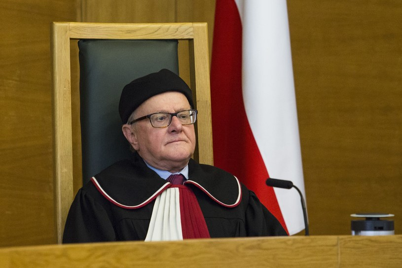 Prof. Stanisław Biernat, wiceprezes Trybunału /Andrzej Hulimka  /Reporter