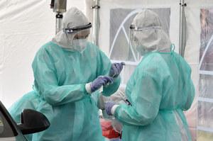 Prof. Szemberg: Modelowanie rozwoju epidemii jest jak przewidywanie pogody