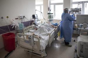 Prof. Tomasiewicz: Coroczne wzrosty zachorowań możliwe do 2025 roku