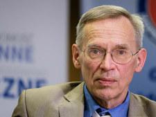 Prof. Włodzimierz Gut: Czeka nas wymieranie przeciwników szczepień