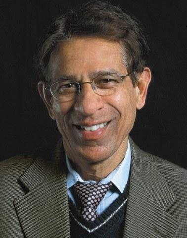 Profesor Dilip V. Jeste - jeden z autorów pracy  /University of California, San Diego