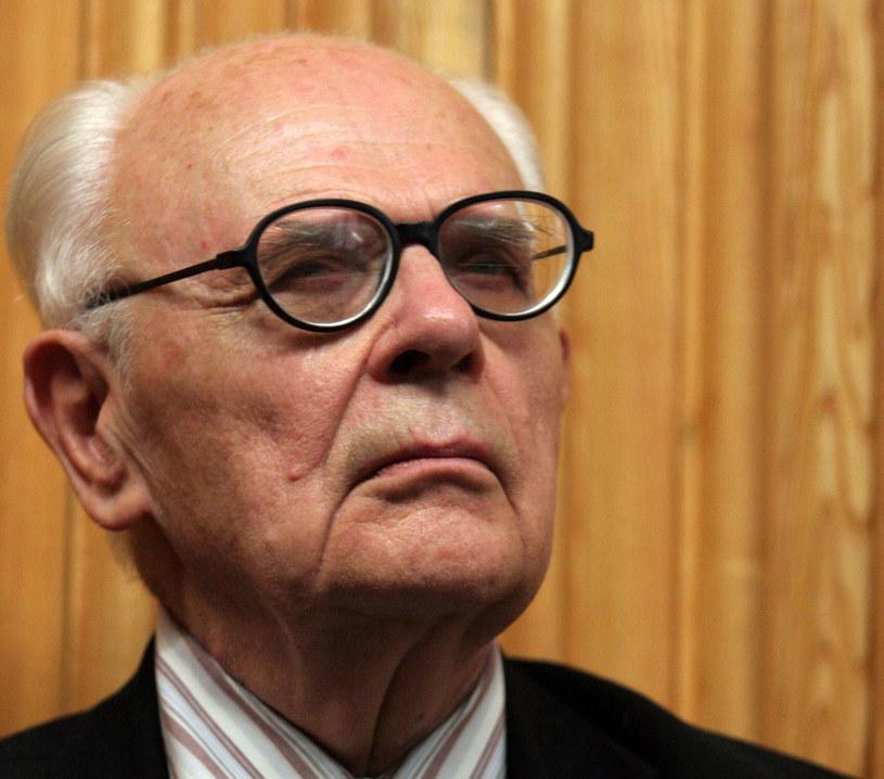 Profesor Jerzy Kłoczowski zmarł 2 grudnia 2017 roku w wieku 93 lat /Tomasz Gzell /PAP