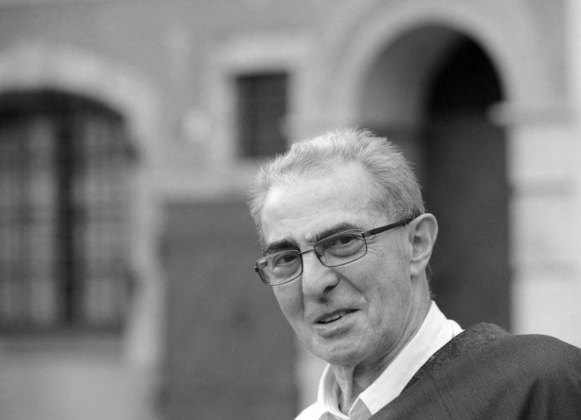 Profesor Karol Modzelewski zmarł w wieku 81 lat / Andrzej Rybczyński    /PAP