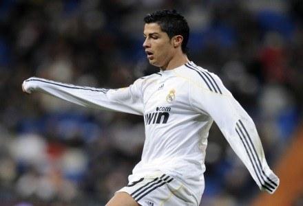 Profil Ronaldo na Facebooku śledzi 3,2 miliona użytkowników /AFP