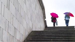 Prognoza: Pochmurna i deszczowa aura w całej Polsce