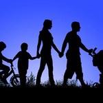 Program Karta Dużej Rodziny coraz większy. Od 2019 roku więcej osób będzie mogło skorzystać ze zniżek