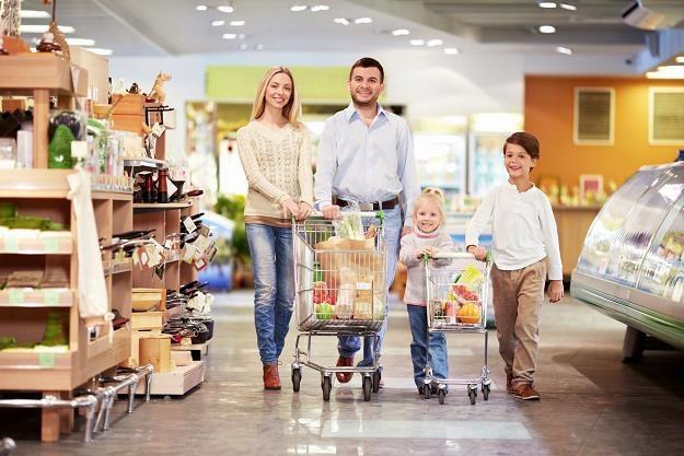 Program Rodzina 500 plus przyczynił się do wzrostu obrotów w handlu detalicznym /©123RF/PICSEL