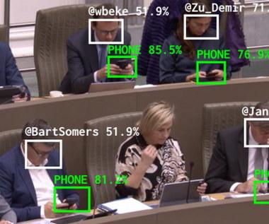 Program sprawdzi, który polityk marnuje czas przy telefonie