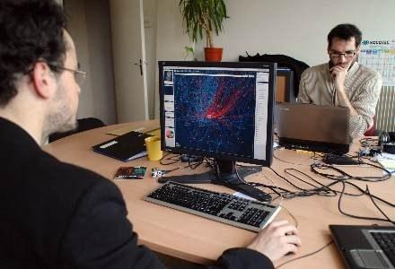 Programiści NK pracują nad usunięciem problemu /AFP