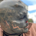 """Projekt """"Czarny Kosmita"""": Ekstremalny przypadek modyfikacji ciała"""