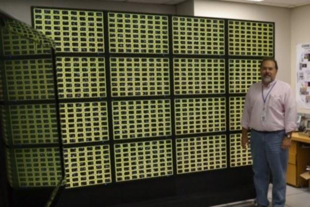 Projekt SyNAPSE to pierwsza próba konstrukcji przez agencję DARPA sztucznego mózgu /materiały prasowe