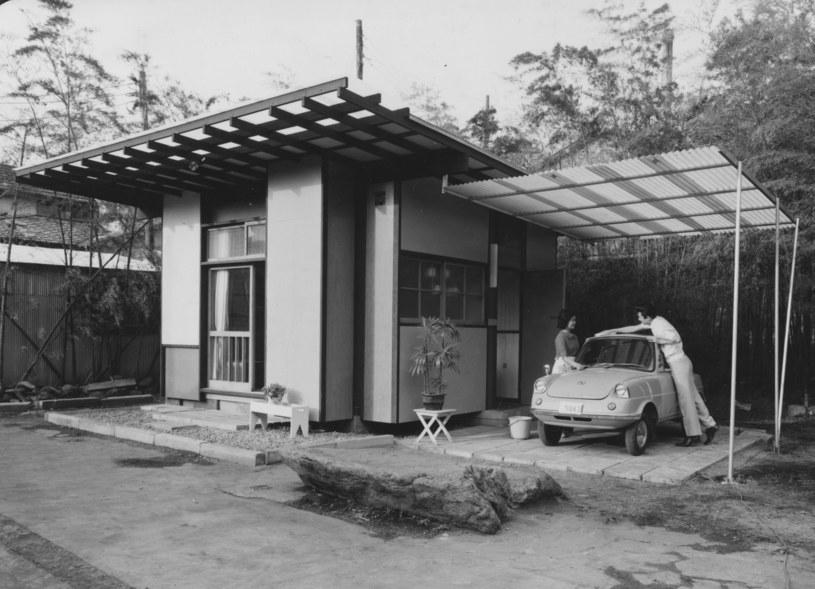 Projekt z lat sześćdziesiątych. Minidom wybudowany w Tokio zapewnia wszystko, co potrzebne do życia