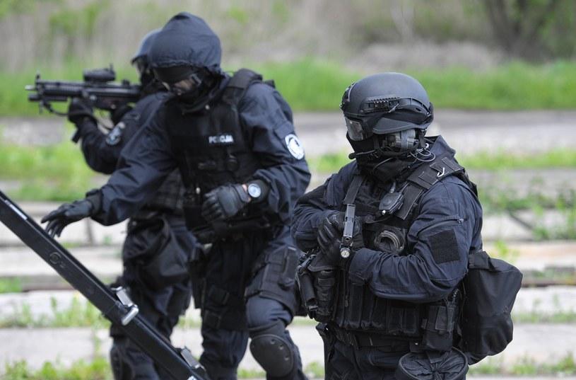 Projekt zakłada m.in. utworzenie katalogu zdarzeń o charakterze terrorystycznym i niejawny wykaz osób mogących mieć z nimi związek (zdj. ilustracyjne) /Fot. Lukasz Solski/Eastnews /East News