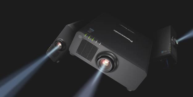 Projektor Solid Shine PT-RZ670 /materiały prasowe
