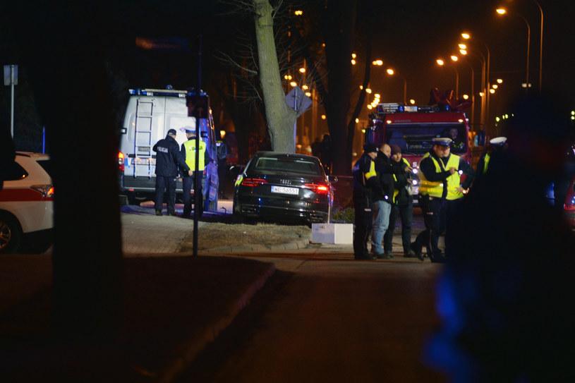 Prokuraturze możemy podpowiedzieć: Przepisy łamali kierowcy wszystkich trzech pojazdów wiozących Beatę Szydło do domu /Łukasz Kalinowski /East News