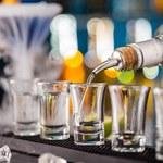 Promocja mocnych alkoholi w sieciach. Liderami są wódka i whisky, choć z widocznymi spadkami