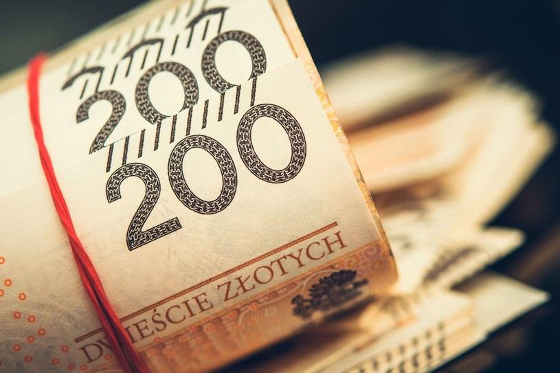 Propozycja dla seniorów: Pracuj bez podatku, ale nie pobieraj emerytury! /123RF/PICSEL