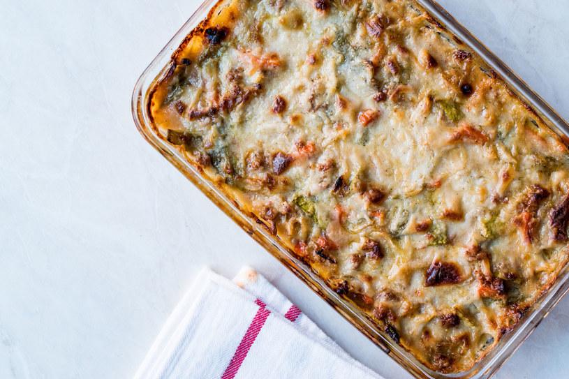 Prosta w przygotowaniu, smaczna lazania w wersji wegetariańskiej /123RF/PICSEL