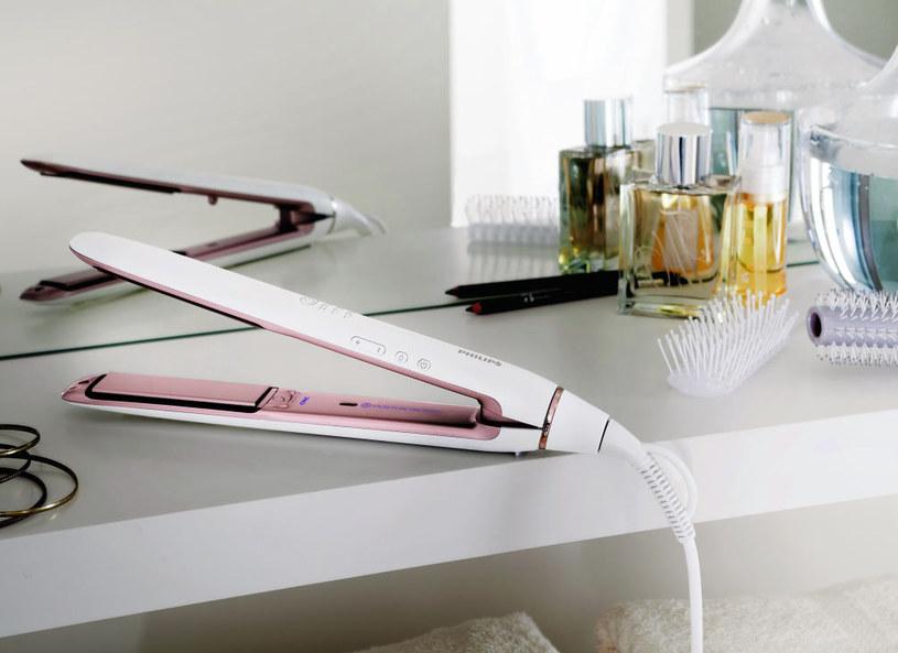 Prostownica Philips Moisture Protect zapobiegnie przesuszaniu włosów /Materiał prasowy /materiały prasowe