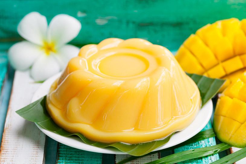 Prosty w przygotowaniu, niezwykle smaczny deser na bazie mango /123RF/PICSEL