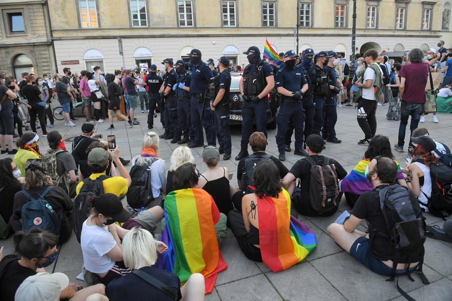 Protest aktywistów LGBT przeciw aresztowaniu Margot / Radek Pietruszka   /PAP