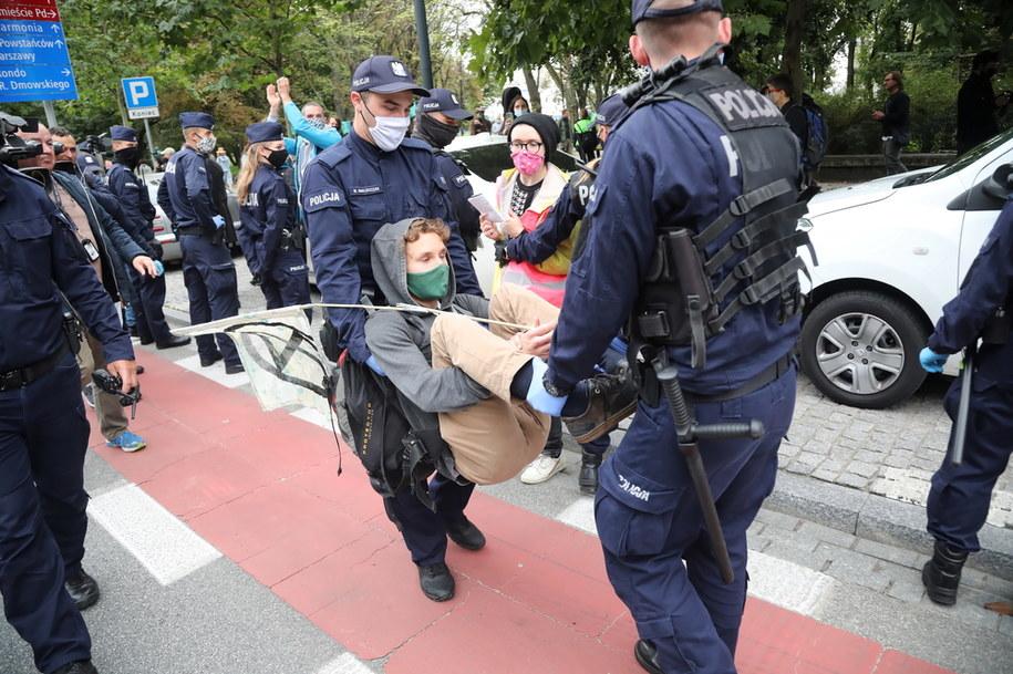 Protest ekologicznych aktywistów z Extinction Rebellion w Warszawie /Wojciech Olkuśnik /PAP