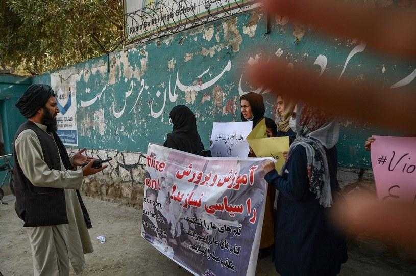 Protest kobiet w Kabulu /BULENT KILIC /AFP