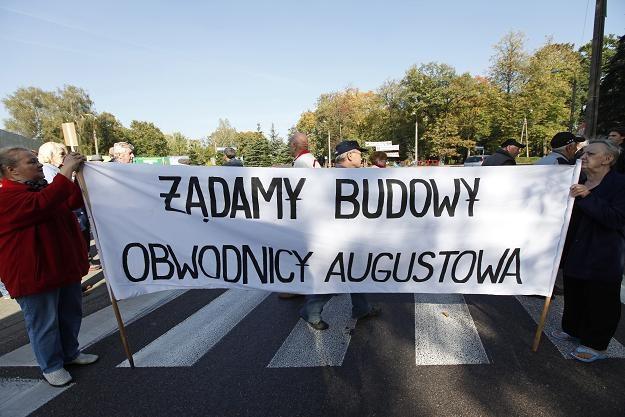 Protest mieszkańców domagających się budowy obwodnicy /fot. Artur Reszko /PAP