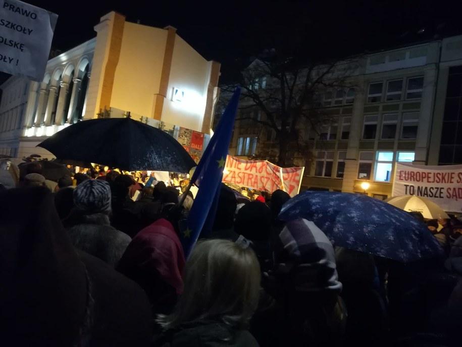 Protest odbywa się również we Wrocławiu /Słuchaczka Jadwiga /Gorąca Linia RMF FM