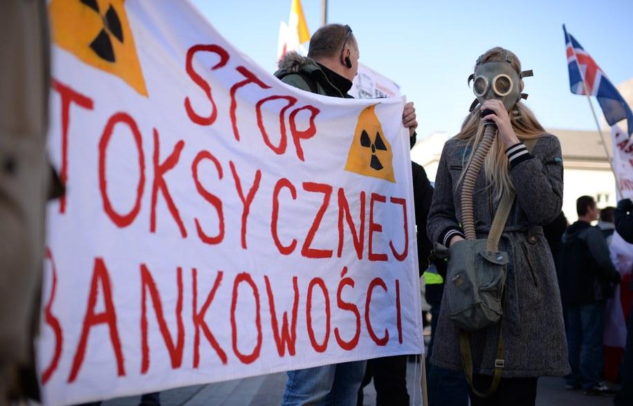"""Protest """"Polska dla obywateli, nie dla korporacji i banków"""" w Warszawie /Jacek Turczyk /PAP"""