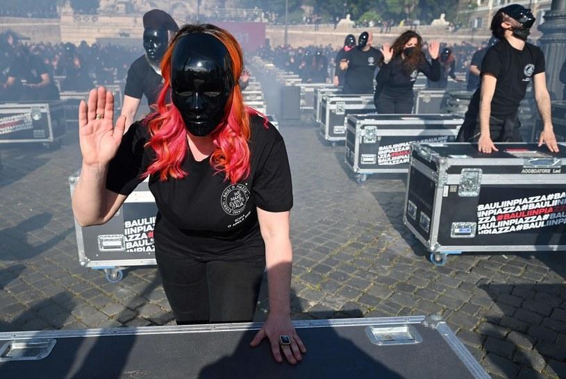 Protest pracowników branży rozrywkowej w Rzymie /AFP