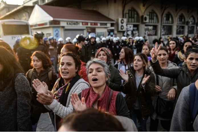 Protest przeciwko zatrzymaniu członków Ludowej Partii Demokratycznej, zdj. ilustracyjne /AFP