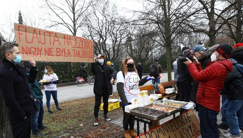 Protest przedsiębiorców przed KPRM