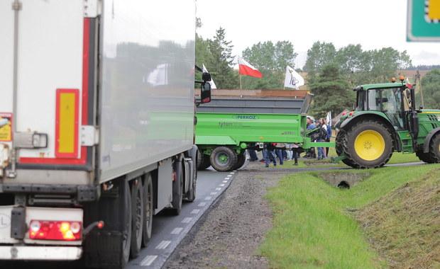 Protest rolników. Blokady w kilkunastu miejscach Polski