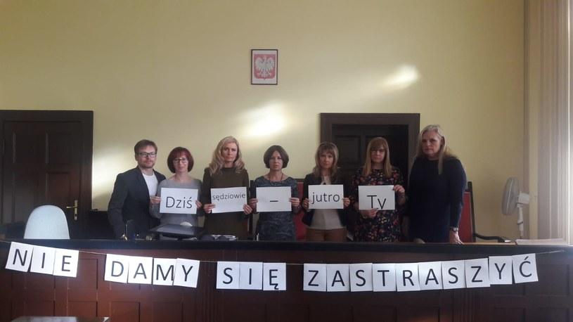 Protest sędziów z Kościana (fot. koscian.sr.gov.pl) /