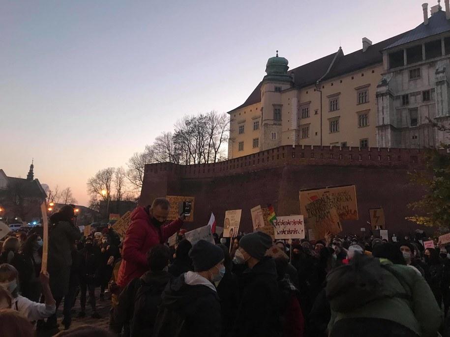 Protest Strajku Kobiet w Krakowie /Katarzyna Staszko /RMF FM