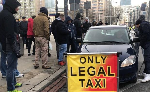Protest taksówkarzy. Powodem Uber