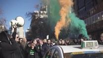 Protest taksówkarzy przeciwko aplikacjom do przewozu osób