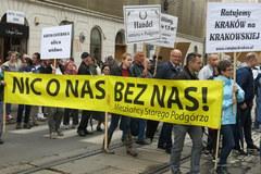 Protest w Krakowie przeciwko likwidacji miejsc parkingowych