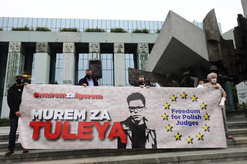 Protest w obronie sędziego Igora Tulei /Tomasz Jastrzebowski/REPORTER /Reporter
