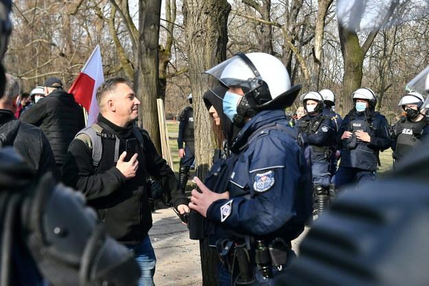 Protest w okolicy placu Piłsudskiego /Andrzej Lange /PAP