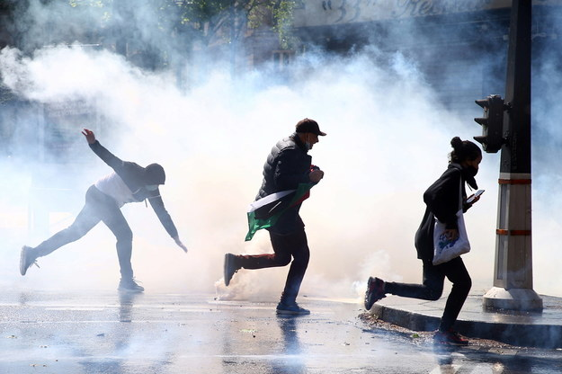 Protest w Paryżu /Christophe Petit-Tesson /PAP/EPA
