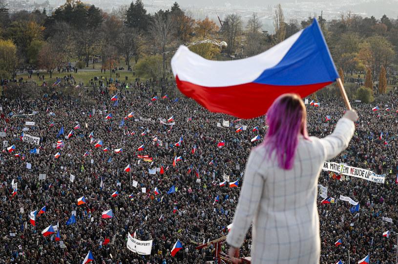 Protest w Pradze /(AP Photo/Petr David Josek), APTOPIX /East News